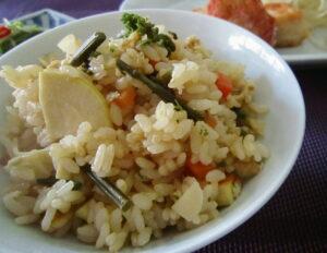 筍とわらびの炊き込みご飯